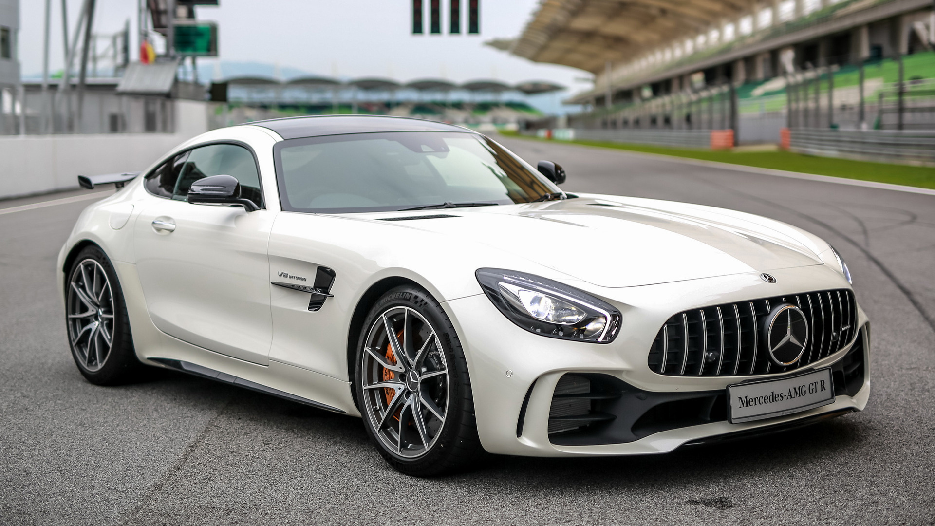 mercedes amg gt r 2017 my wallpapers and hd images car pixel. Black Bedroom Furniture Sets. Home Design Ideas