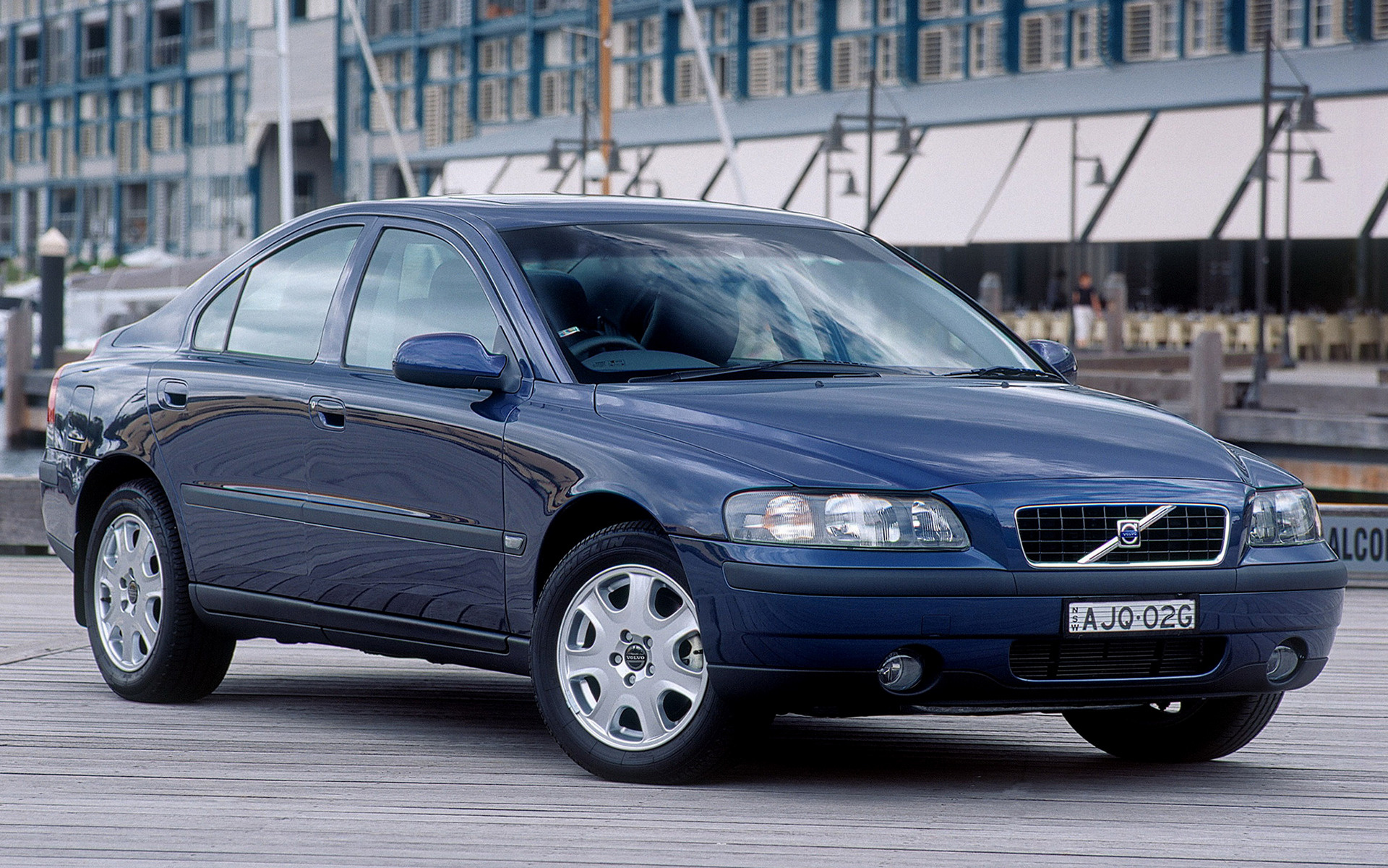 Volvo S Car Wallpaper on 2001 volvo s60