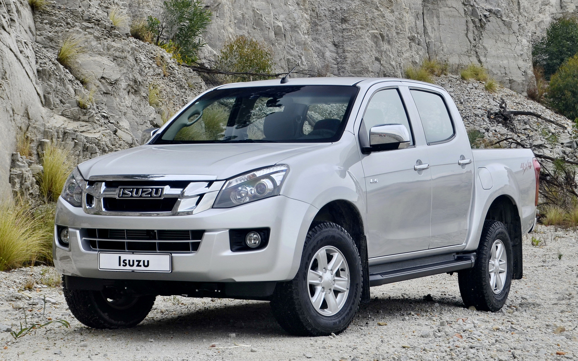 Gmc Single Cab >> Isuzu D-Max Double Cab (2012) Wallpapers and HD Images ...