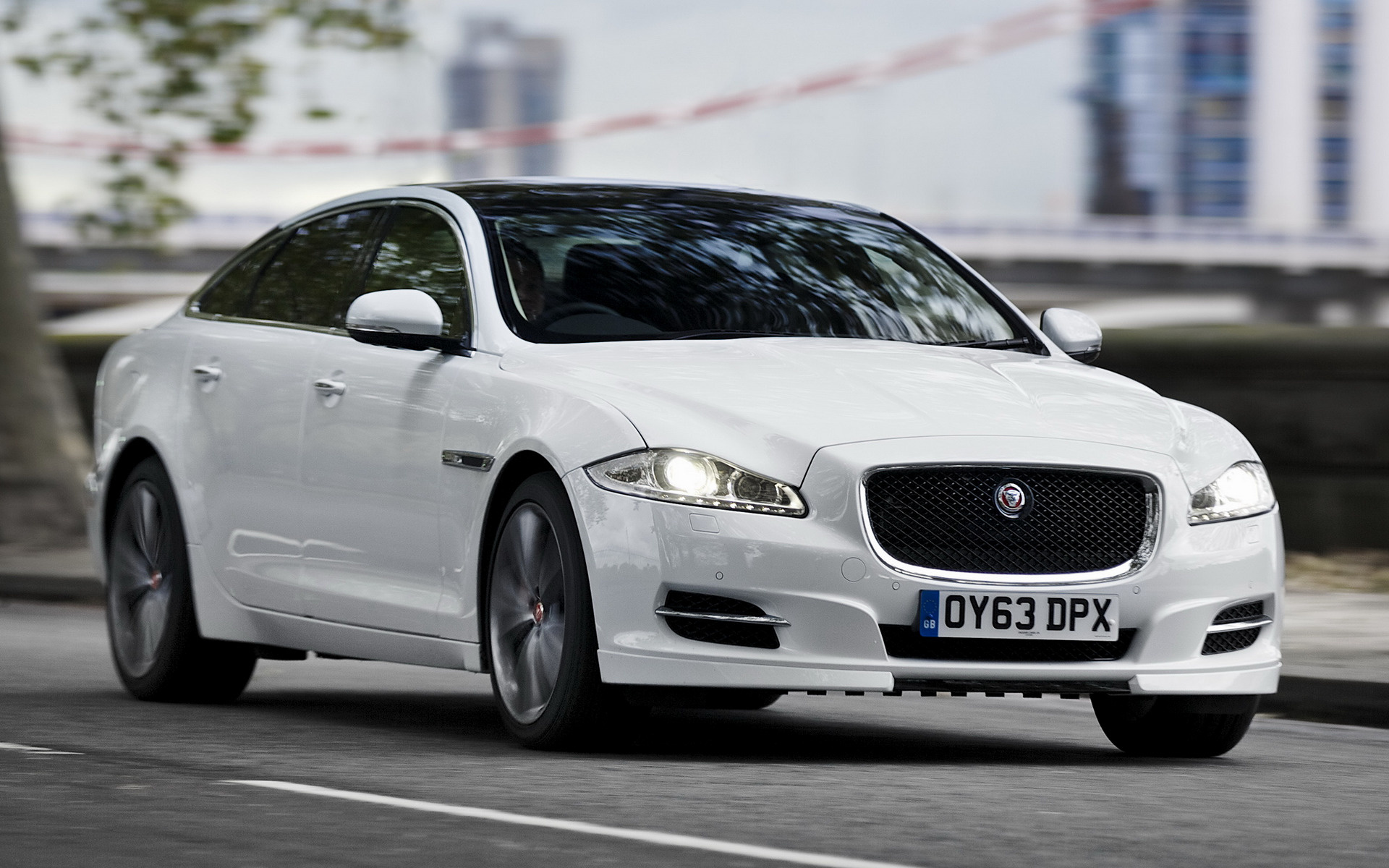 watch cars jaguar xjr culture xj crop for to lg car