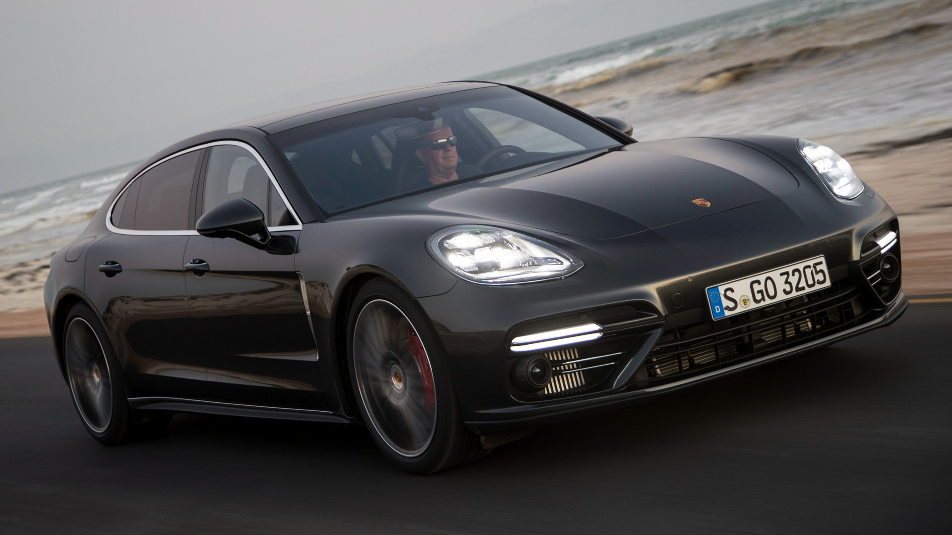 porsche panamera turbo executive 2016 wallpapers and hd images car pixel. Black Bedroom Furniture Sets. Home Design Ideas