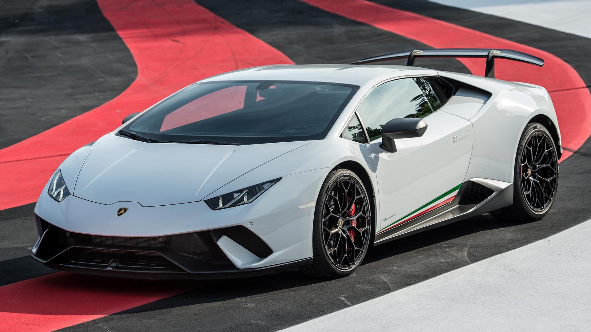 2017 Lamborghini Huracan Performante Wallpapers And Hd Images