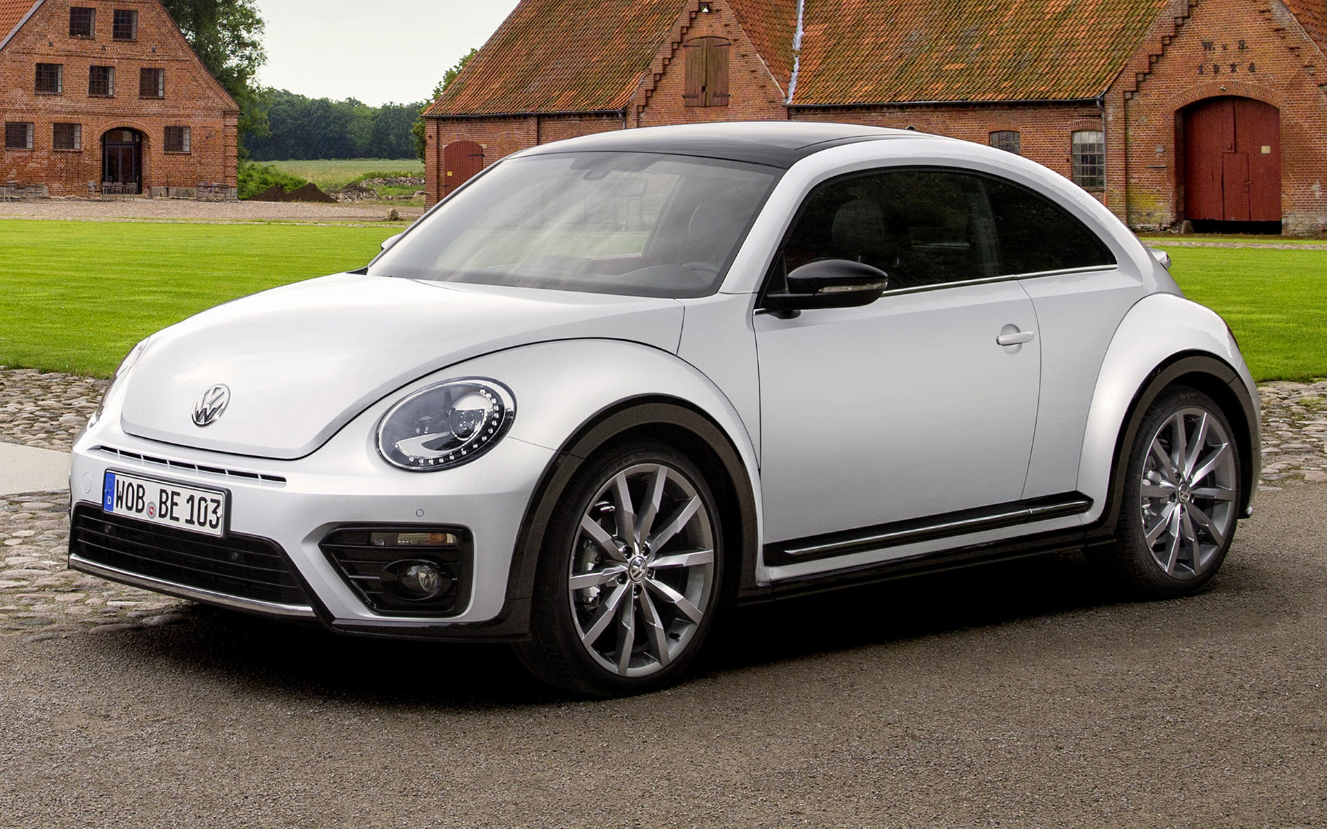 volkswagen beetle r line 2016 wallpapers and hd images. Black Bedroom Furniture Sets. Home Design Ideas