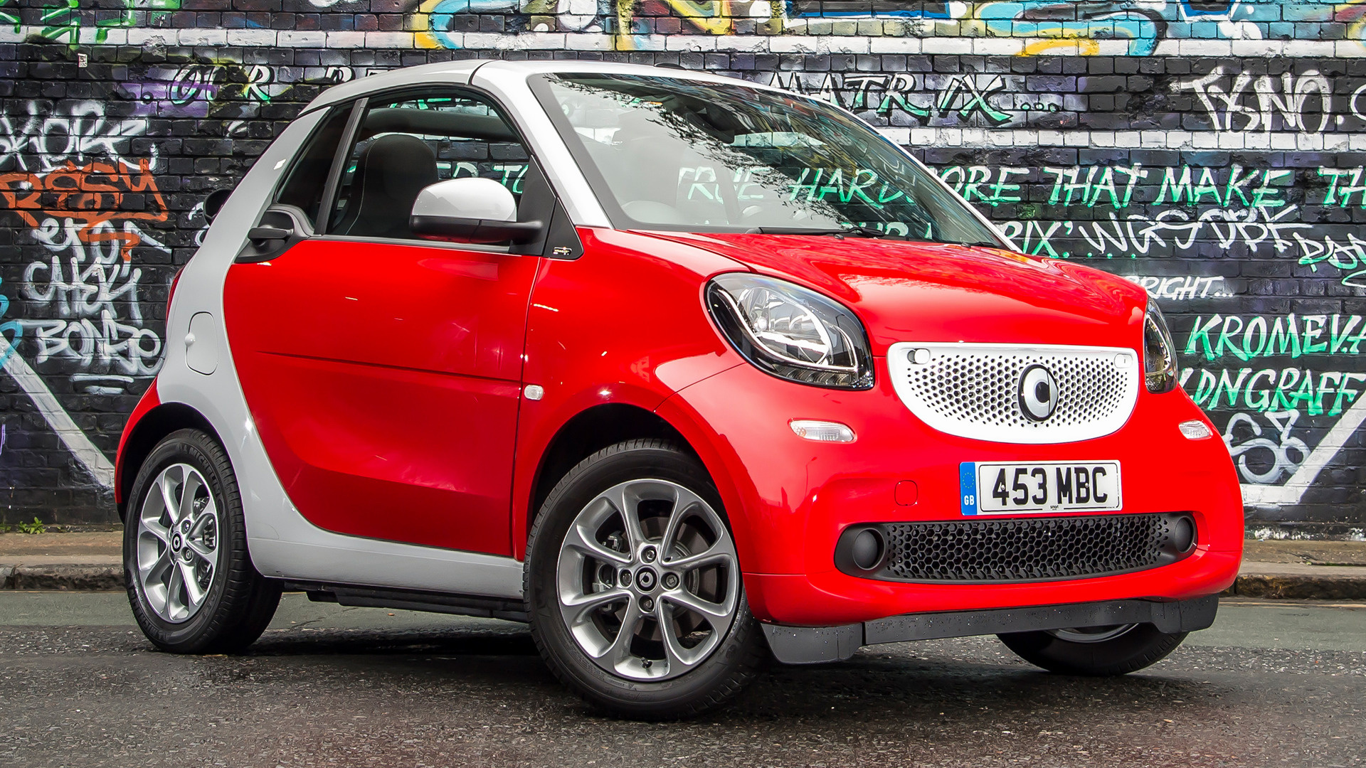 2016 smart fortwo cabrio passion uk wallpapers and hd. Black Bedroom Furniture Sets. Home Design Ideas