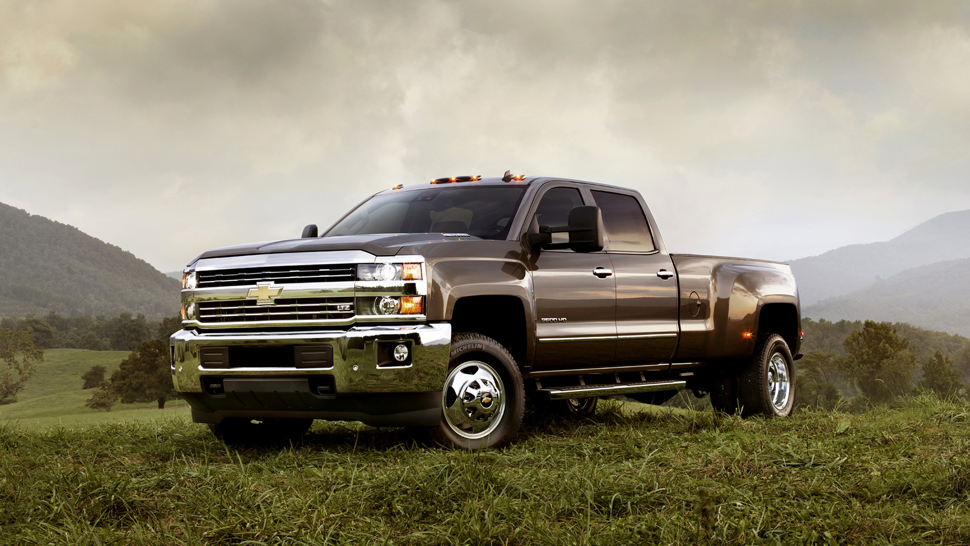 2015 Chevrolet Silverado 3500 HD LTZ Crew Cab - Wallpapers ...