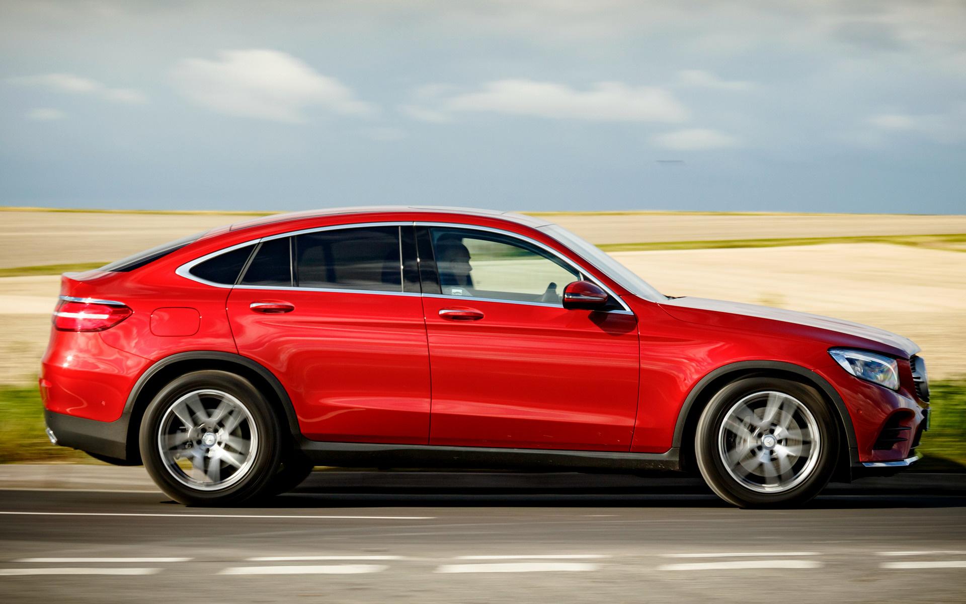 Mercedes benz glc class coupe amg line 2016 uk for Mercedes benz sedan line