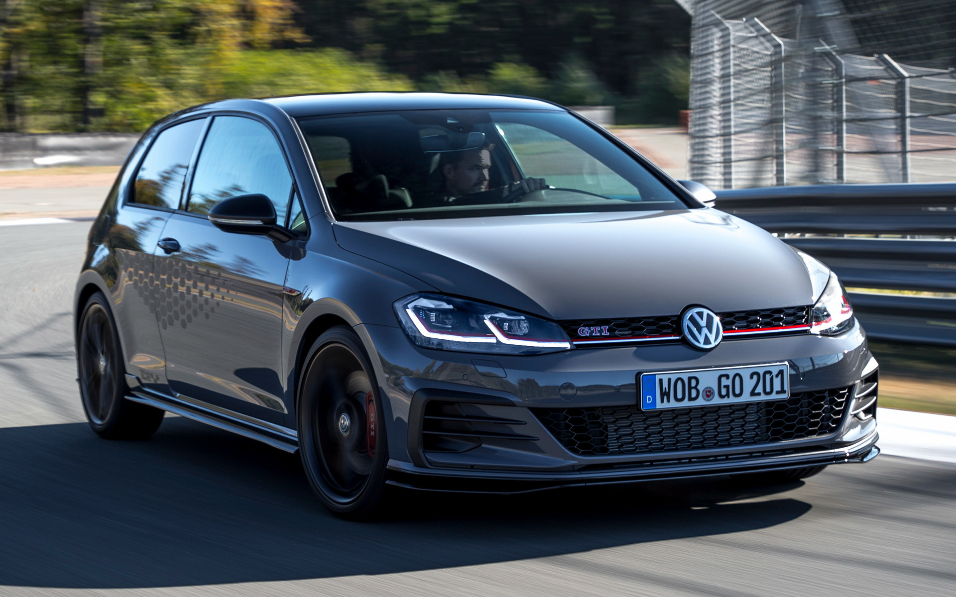 2019 Volkswagen Golf GTI TCR [3-door] - Wallpapers and HD Images | Car Pixel