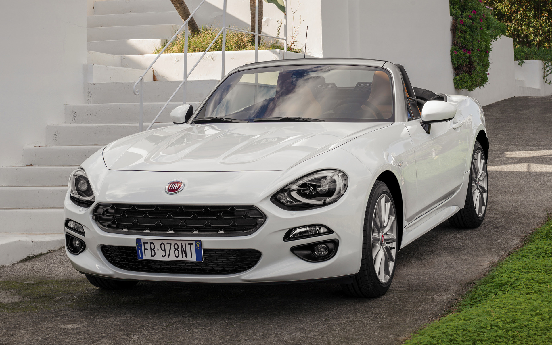 Fiat 124 Spider 2016 Wallpapers And Hd Images Car Pixel