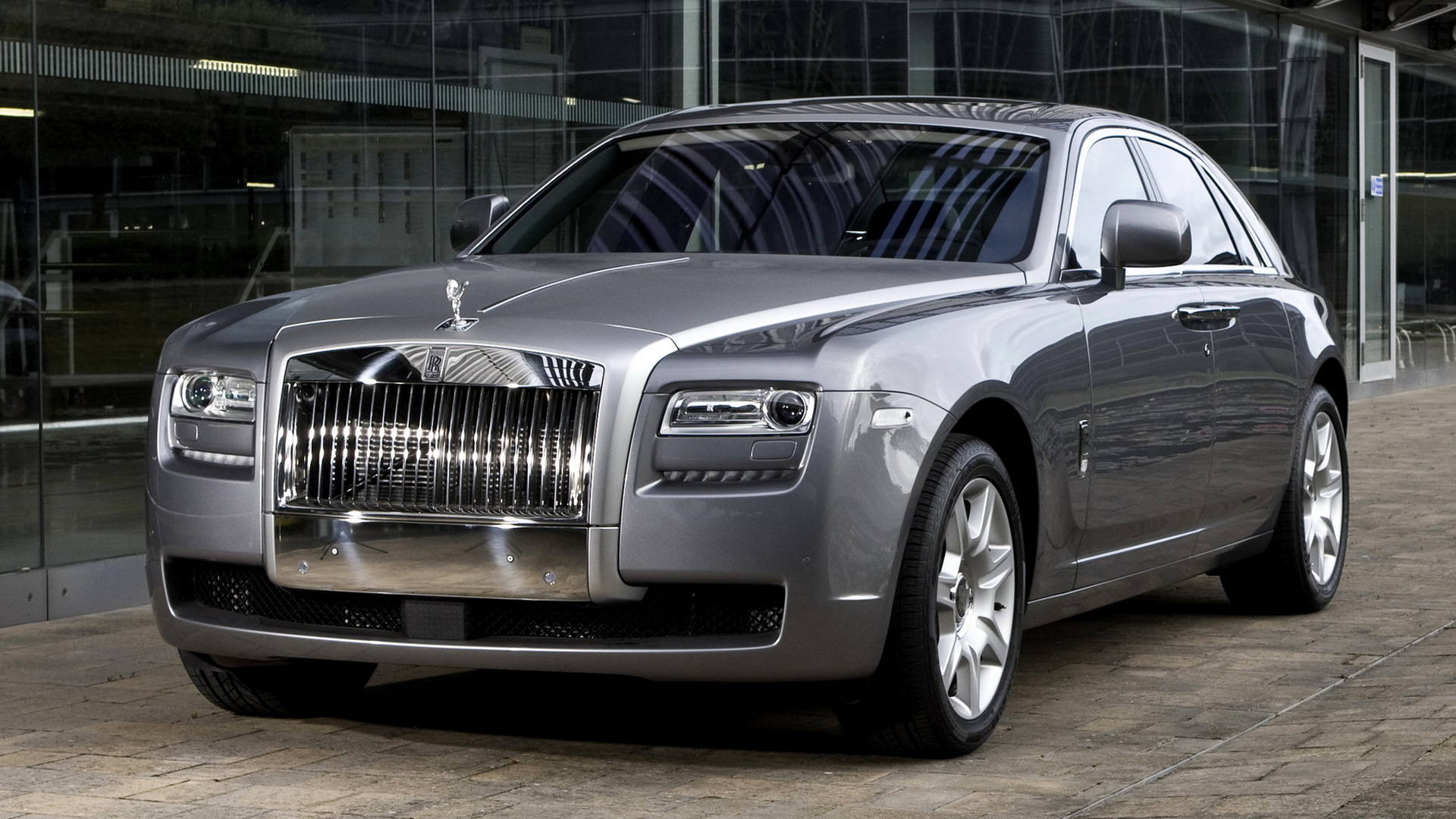 Rolls Royce Ghost 20 Car Background: Rolls-Royce Ghost (2009) Wallpapers And HD Images