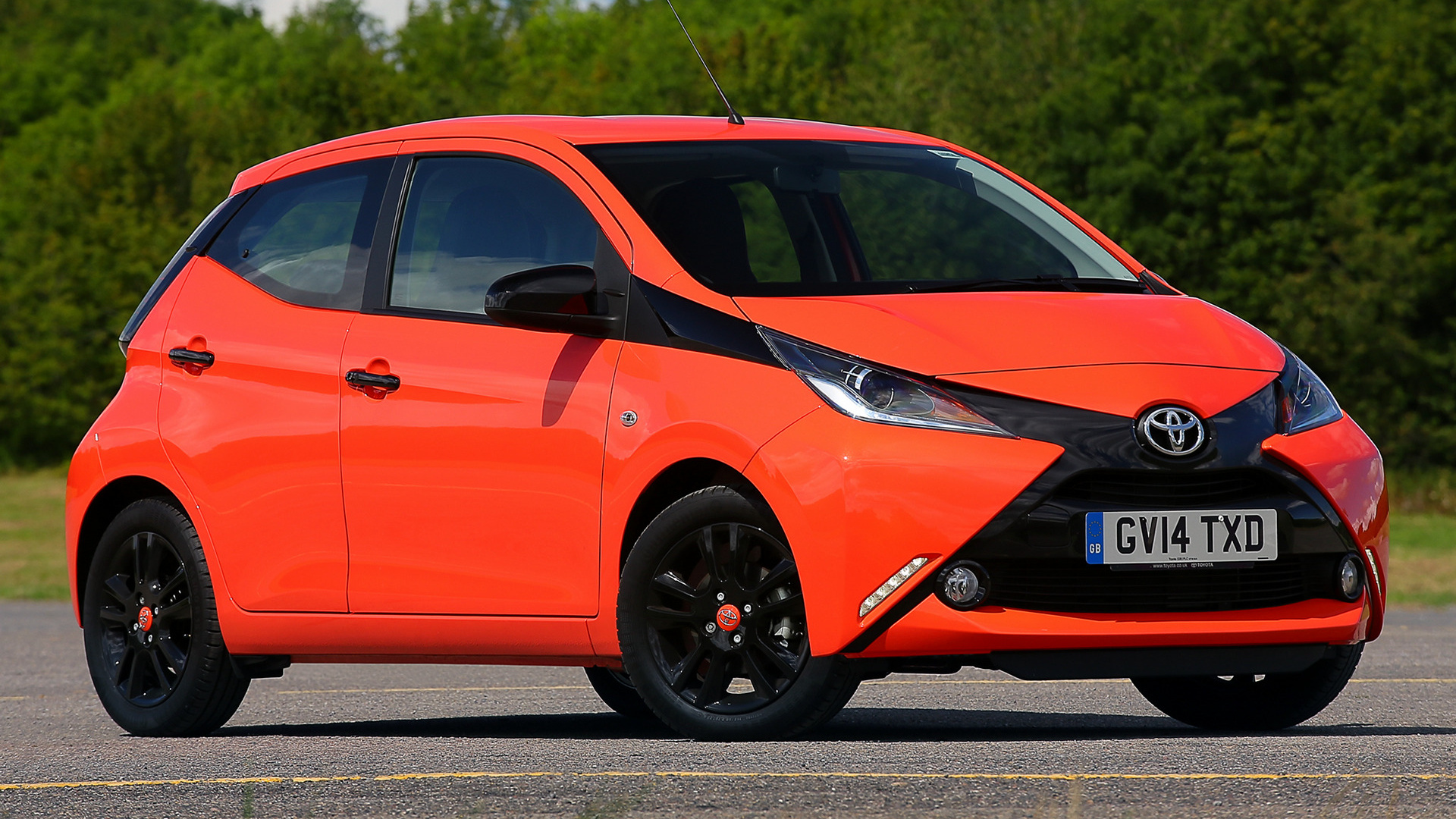 2014 toyota aygo xcite 5door uk wallpapers and hd