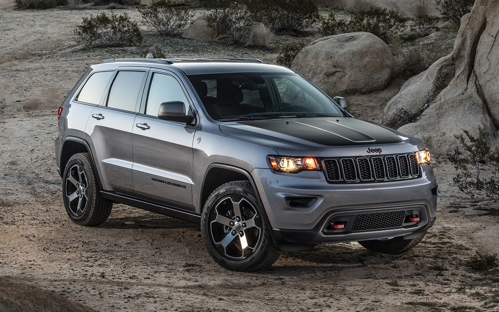 2017 Jeep Grand Cherokee Trailhawk Wallpapers And Hd