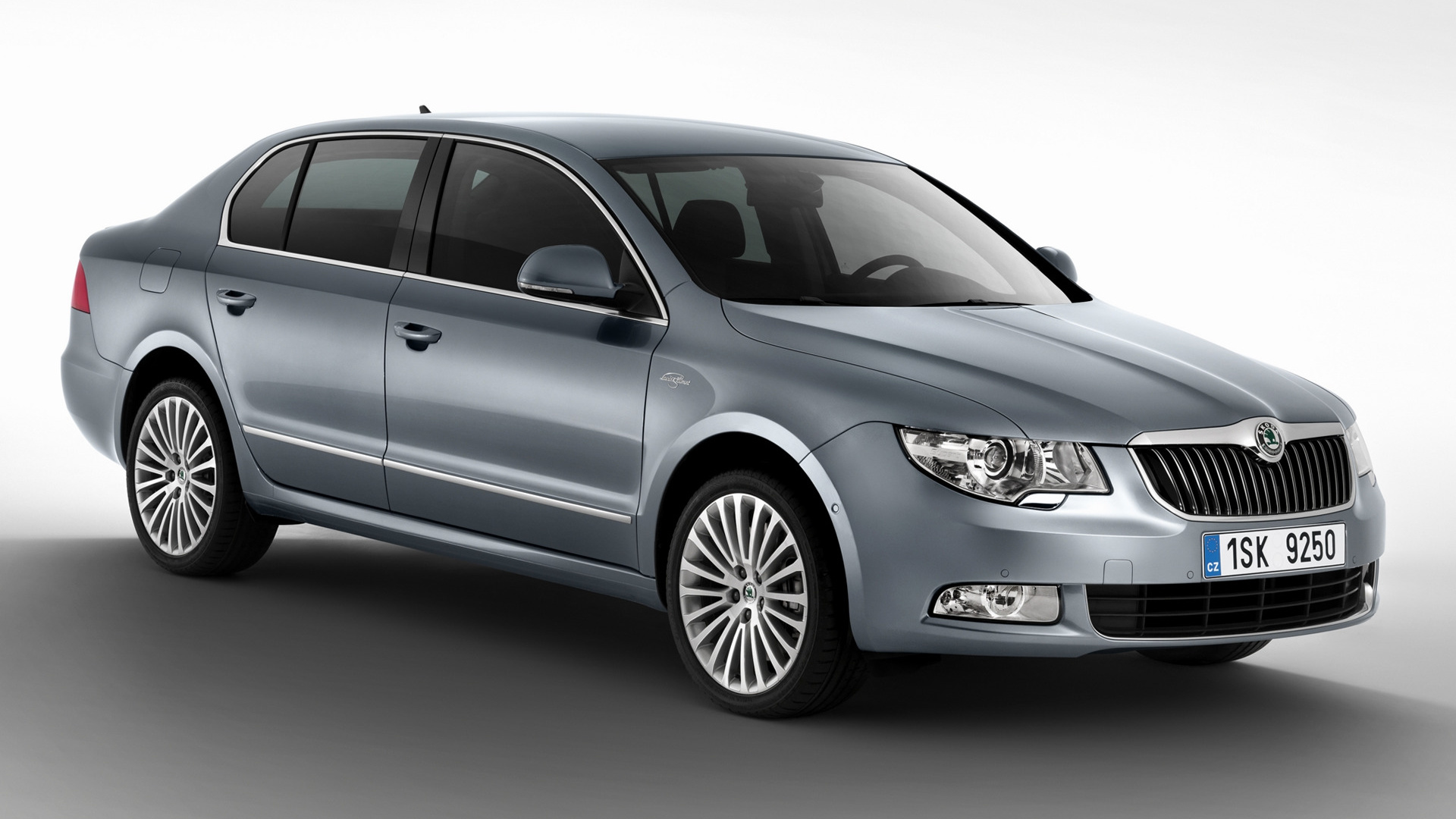 skoda superb laurin klement 2011 wallpapers and hd images car pixel. Black Bedroom Furniture Sets. Home Design Ideas