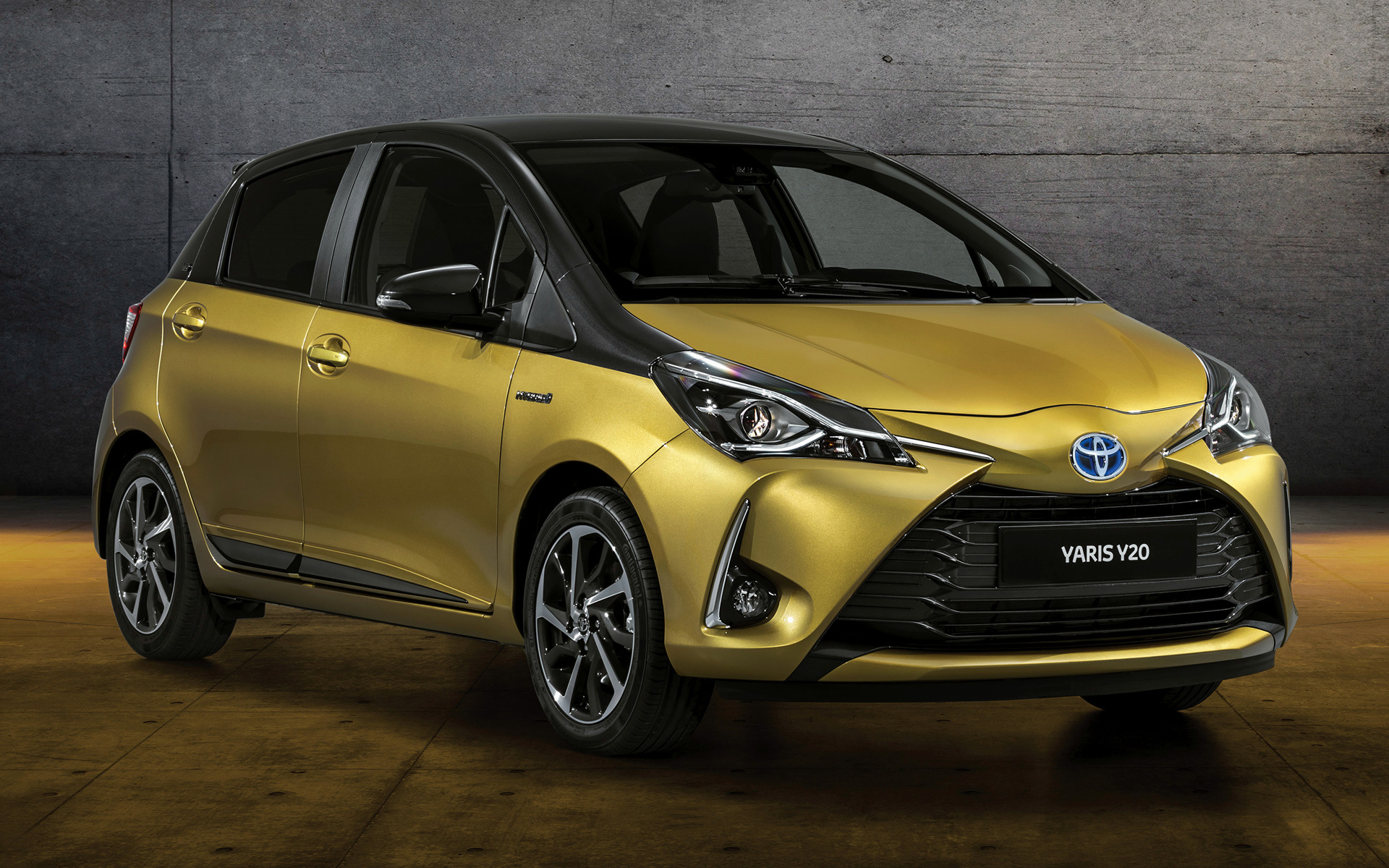 2018 toyota yaris hybrid y20 5 door wallpapers and hd. Black Bedroom Furniture Sets. Home Design Ideas