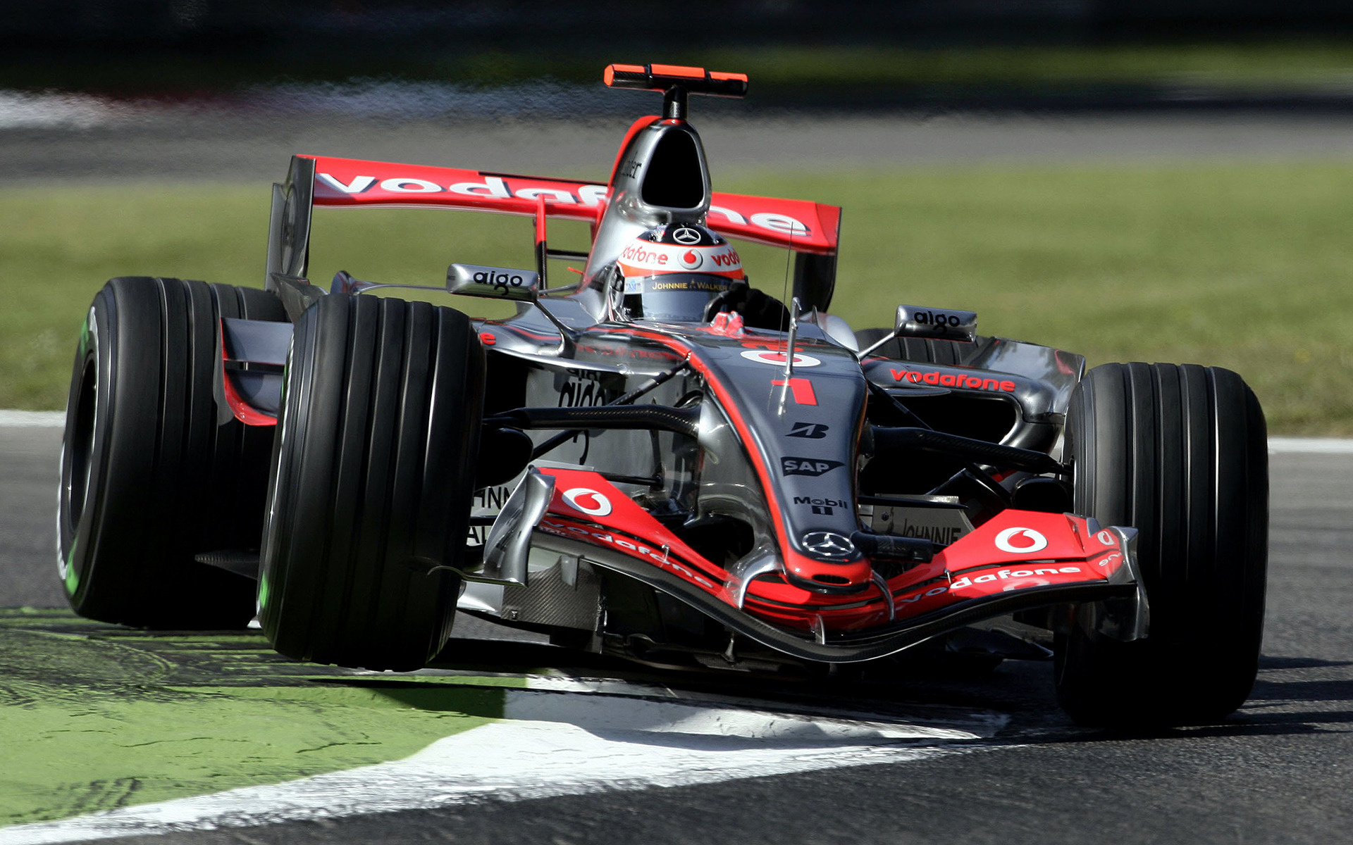 Who Makes Cadillac >> McLaren Mercedes MP4-22 (2007) Wallpapers and HD Images ...
