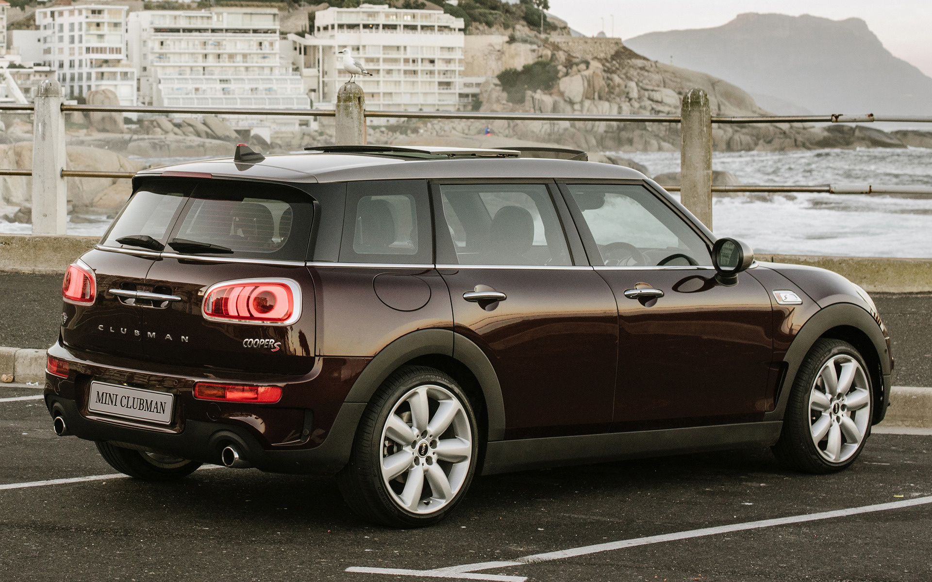2016 Mini Cooper S Clubman (ZA) - Wallpapers and HD Images | Car Pixel