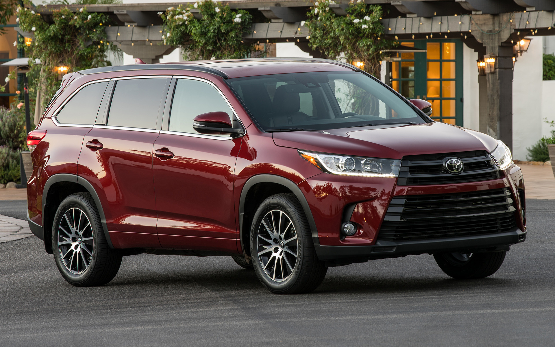 toyota highlander se 2017 wallpapers and hd images car pixel. Black Bedroom Furniture Sets. Home Design Ideas