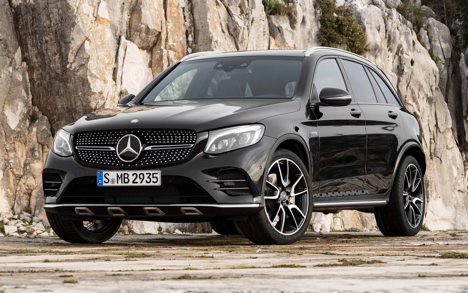 2016 mercedes amg glc 43 wallpapers and hd images car. Black Bedroom Furniture Sets. Home Design Ideas