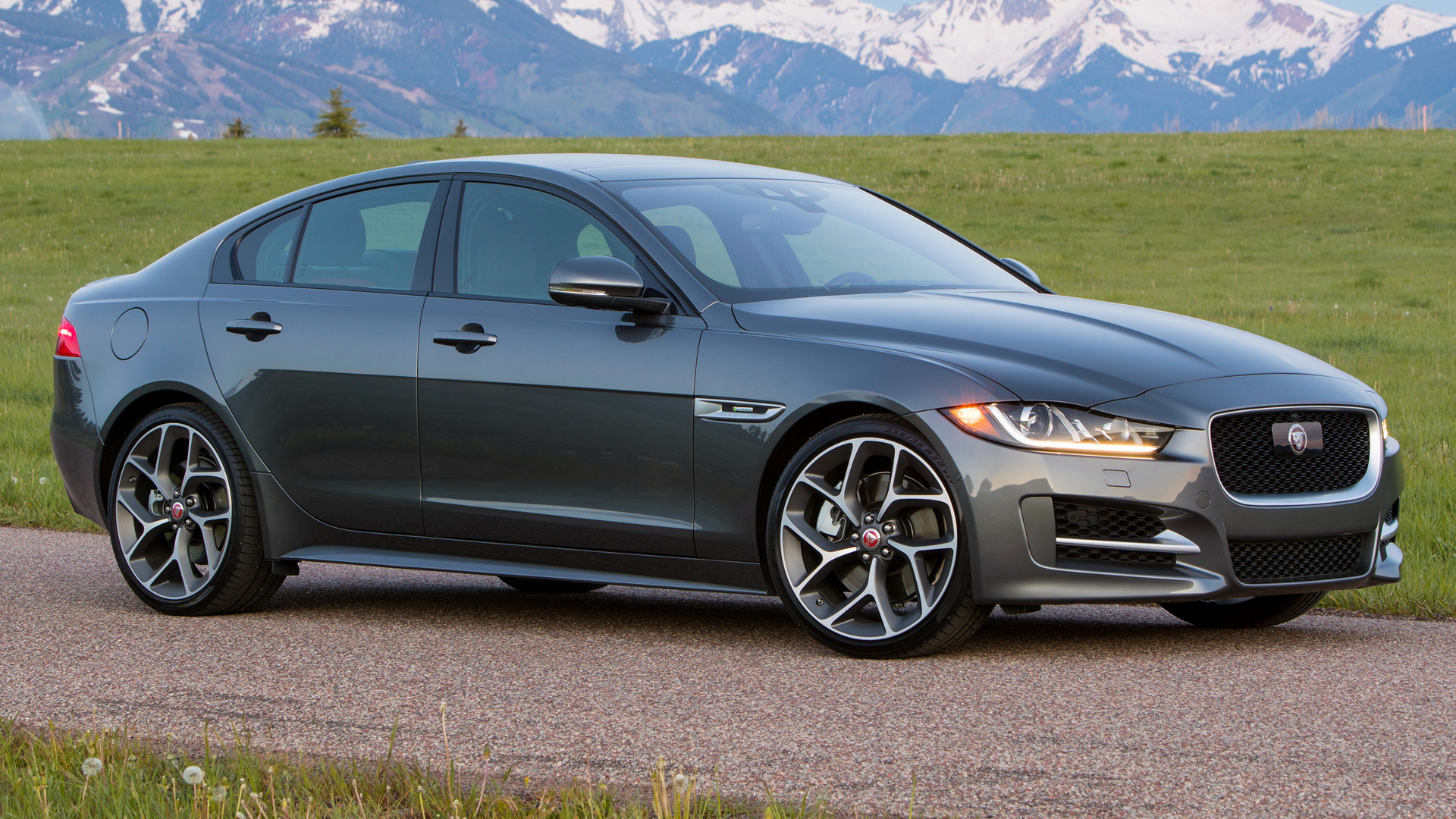 2017 Jaguar Xe R Sport Us Wallpapers And Hd Images