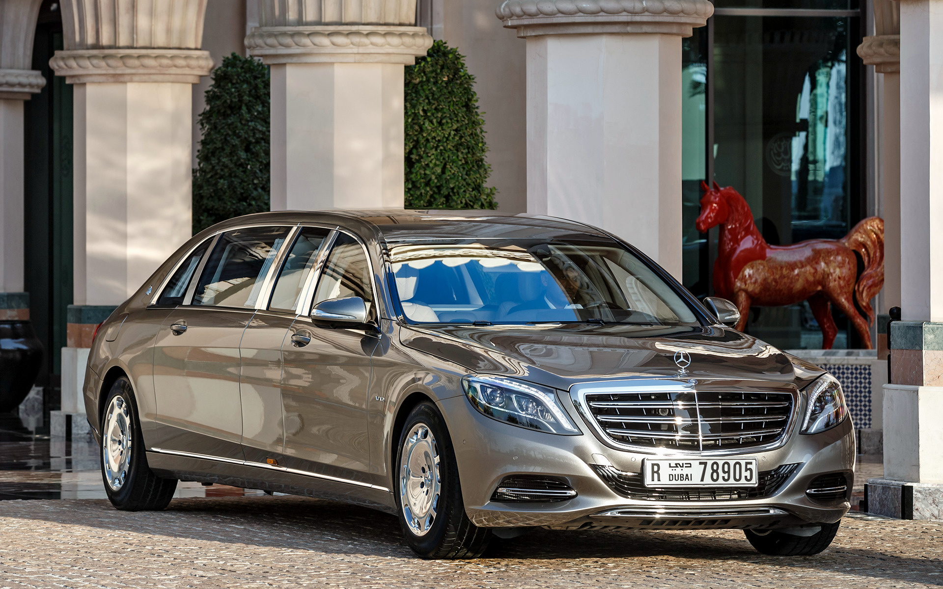 https://www.carpixel.net/w/6e6304927ed6d5b251bf3e90f3f65660/mercedes-maybach-s-class-pullman-car-wallpaper-38612.jpg