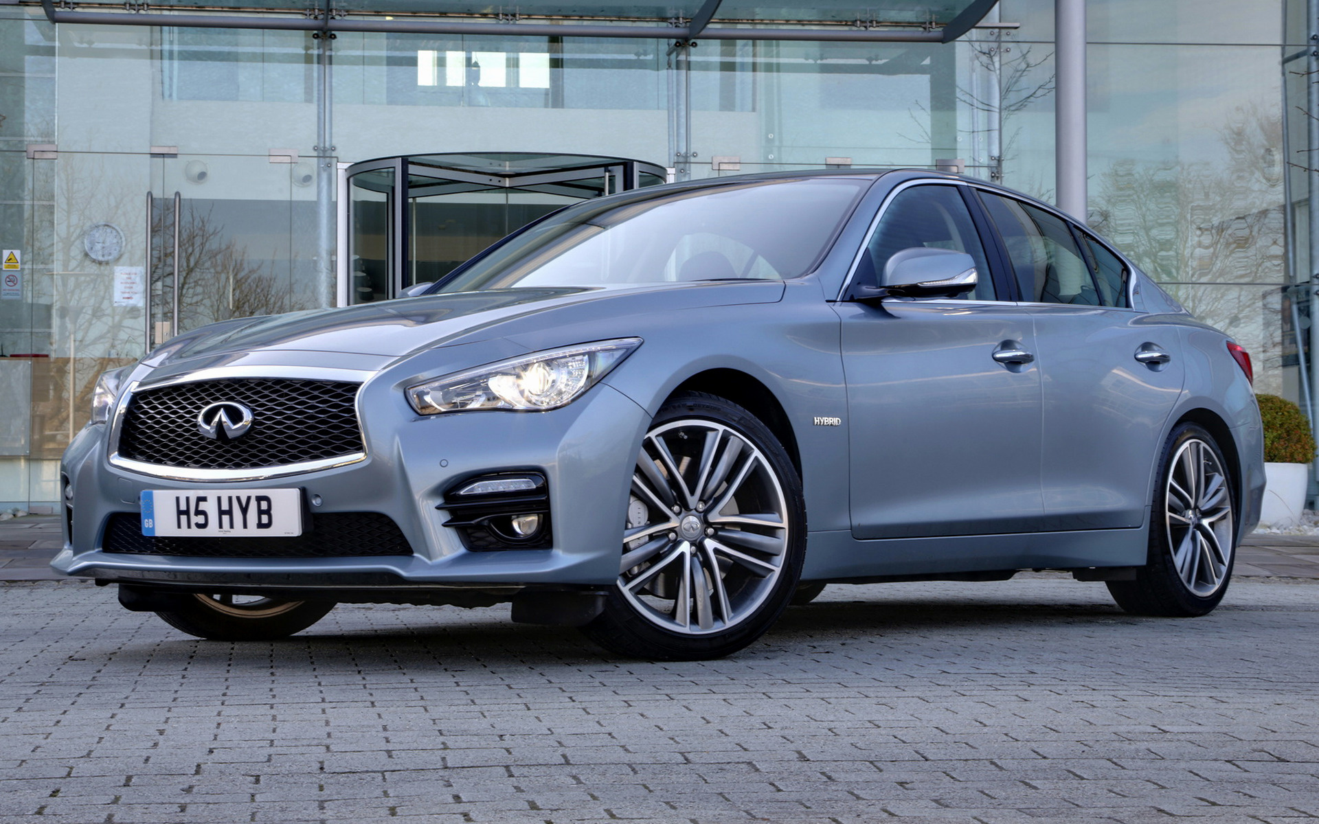 infiniti q50 sport hybrid 2014 uk wallpapers and hd. Black Bedroom Furniture Sets. Home Design Ideas