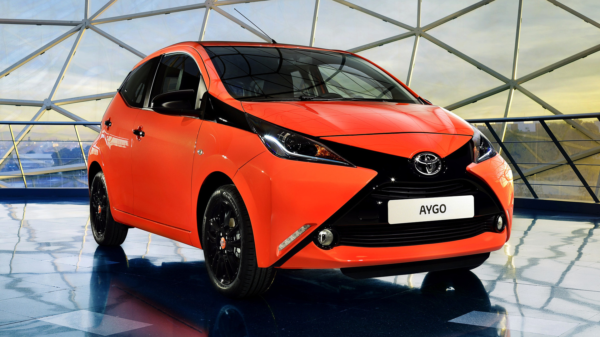 toyota aygo x cite 5 door 2014 wallpapers and hd images car pixel. Black Bedroom Furniture Sets. Home Design Ideas