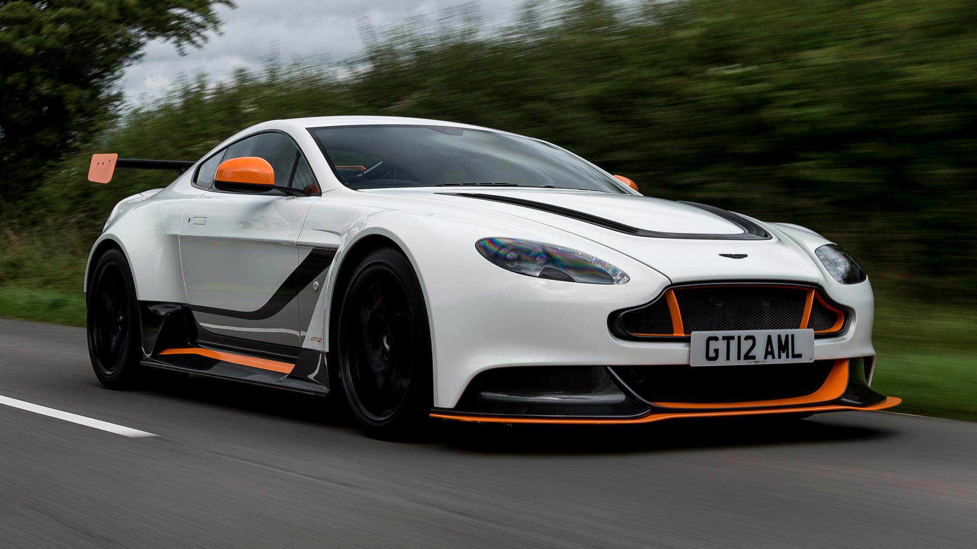 Aston Martin Vantage Gt Wallpaper Hd