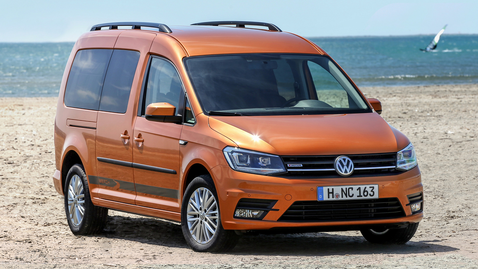 volkswagen caddy maxi beach 2015 wallpapers and hd images car pixel. Black Bedroom Furniture Sets. Home Design Ideas