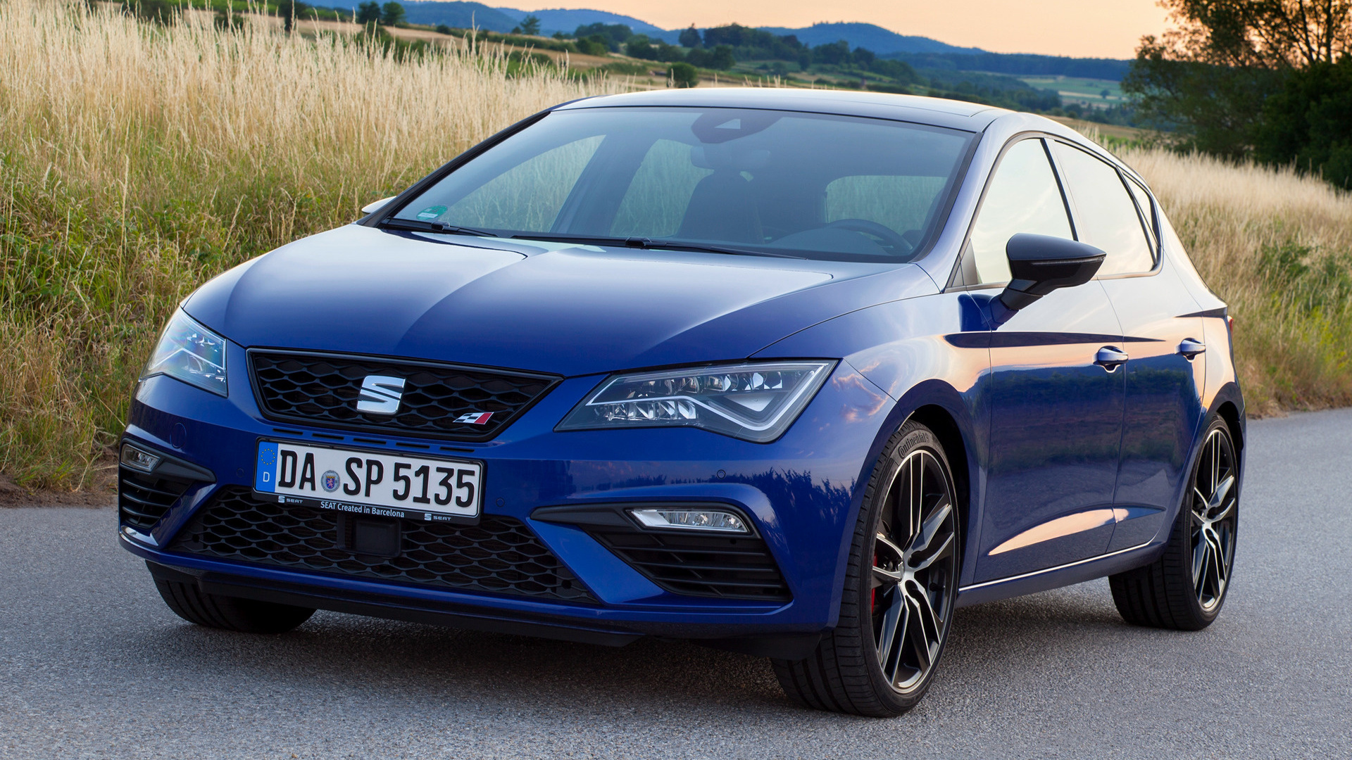 seat leon cupra 300 2017 wallpapers and hd images car. Black Bedroom Furniture Sets. Home Design Ideas