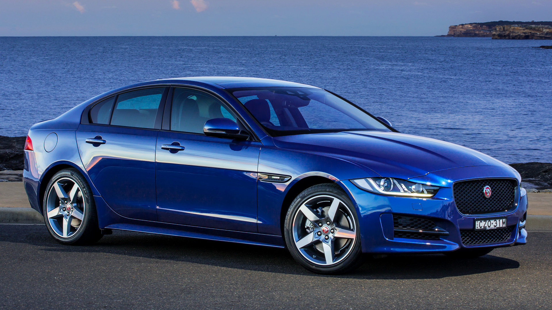jaguar xe r sport 2015 au wallpapers and hd images car. Black Bedroom Furniture Sets. Home Design Ideas