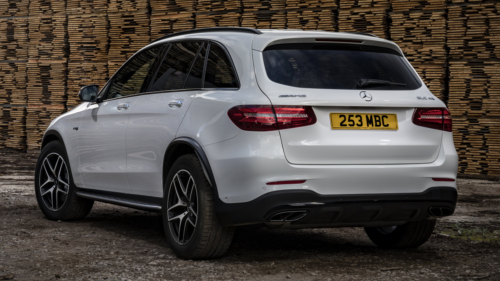 mercedes amg glc 43 2016 uk wallpapers and hd images. Black Bedroom Furniture Sets. Home Design Ideas