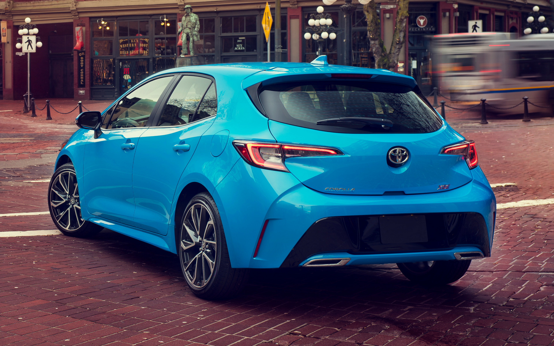 Toyota Corolla Xse Hatchback Car Wallpaper