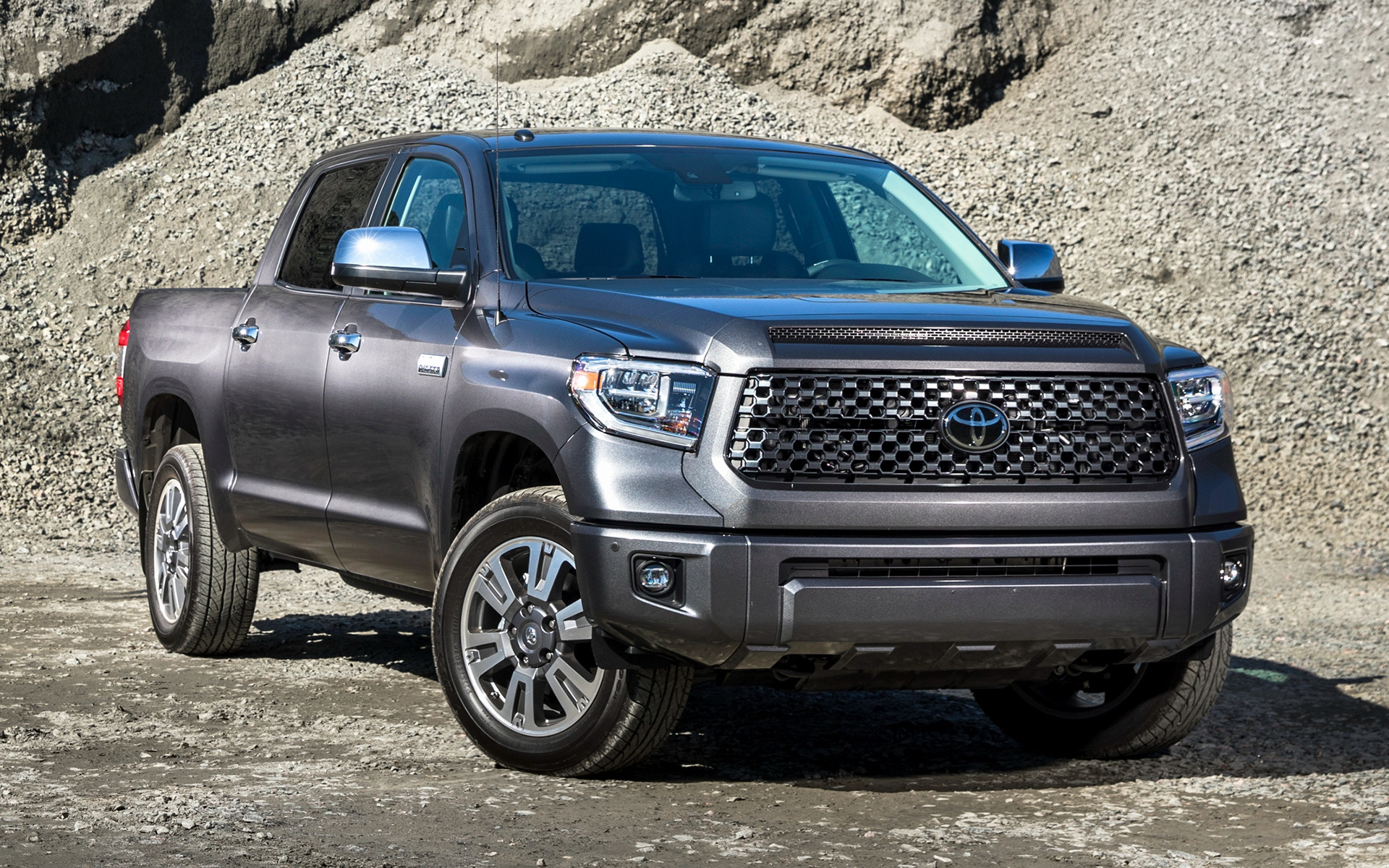 Toyota Tundra Limited >> 2018 Toyota Tundra Platinum CrewMax - Wallpapers and HD ...
