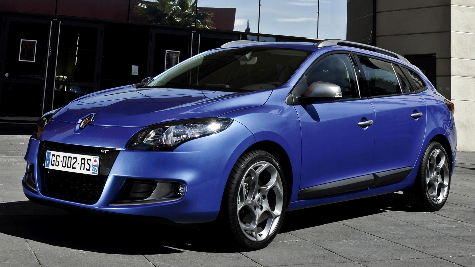 renault megane gt estate 2010 wallpapers and hd images car pixel. Black Bedroom Furniture Sets. Home Design Ideas