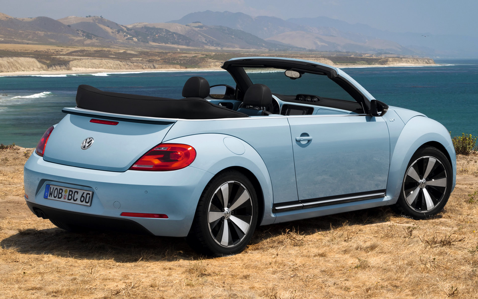 Volkswagen Beetle Cabriolet 60s Edition (2013) Wallpapers and HD Images - Car Pixel