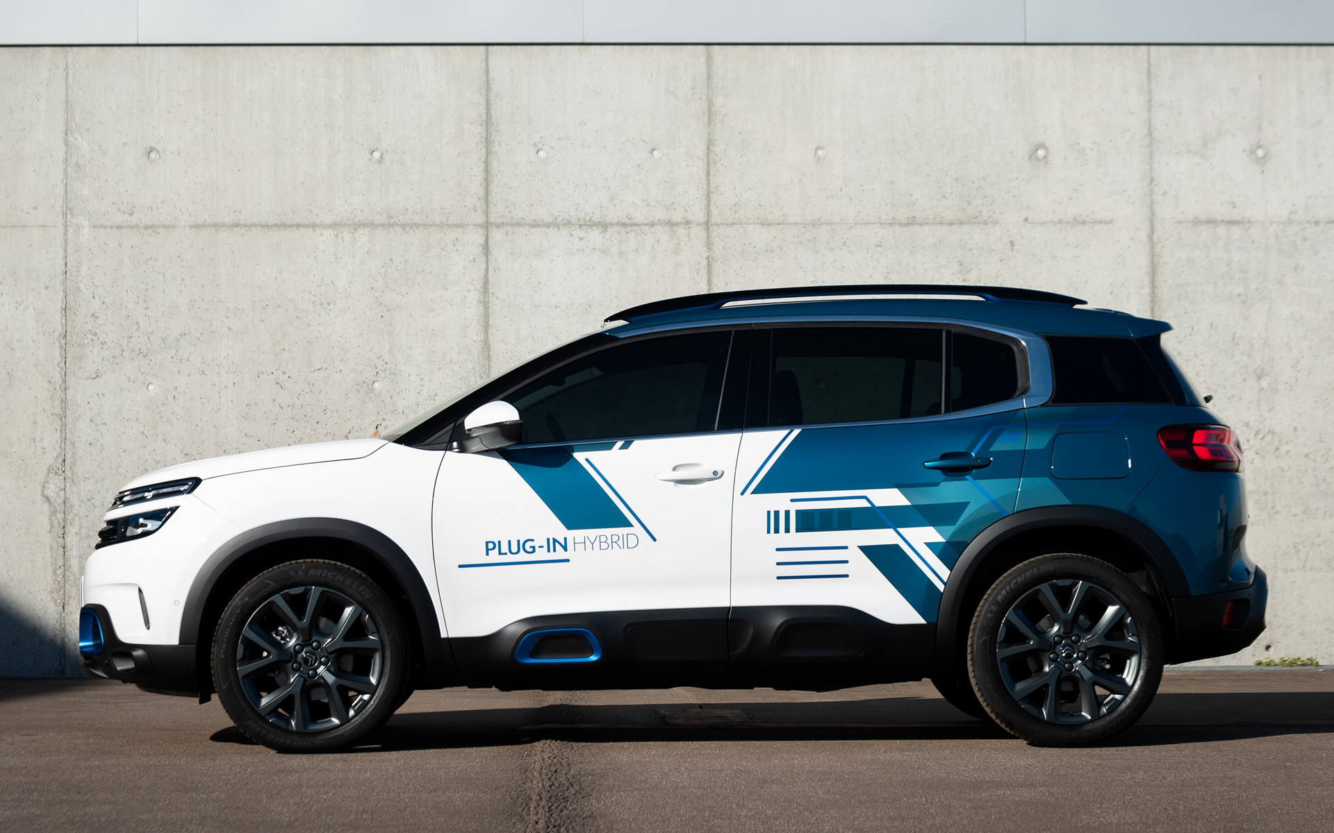 Ford Suv Hybrid >> 2018 Citroen C5 Aircross SUV Hybrid Concept - Wallpapers ...
