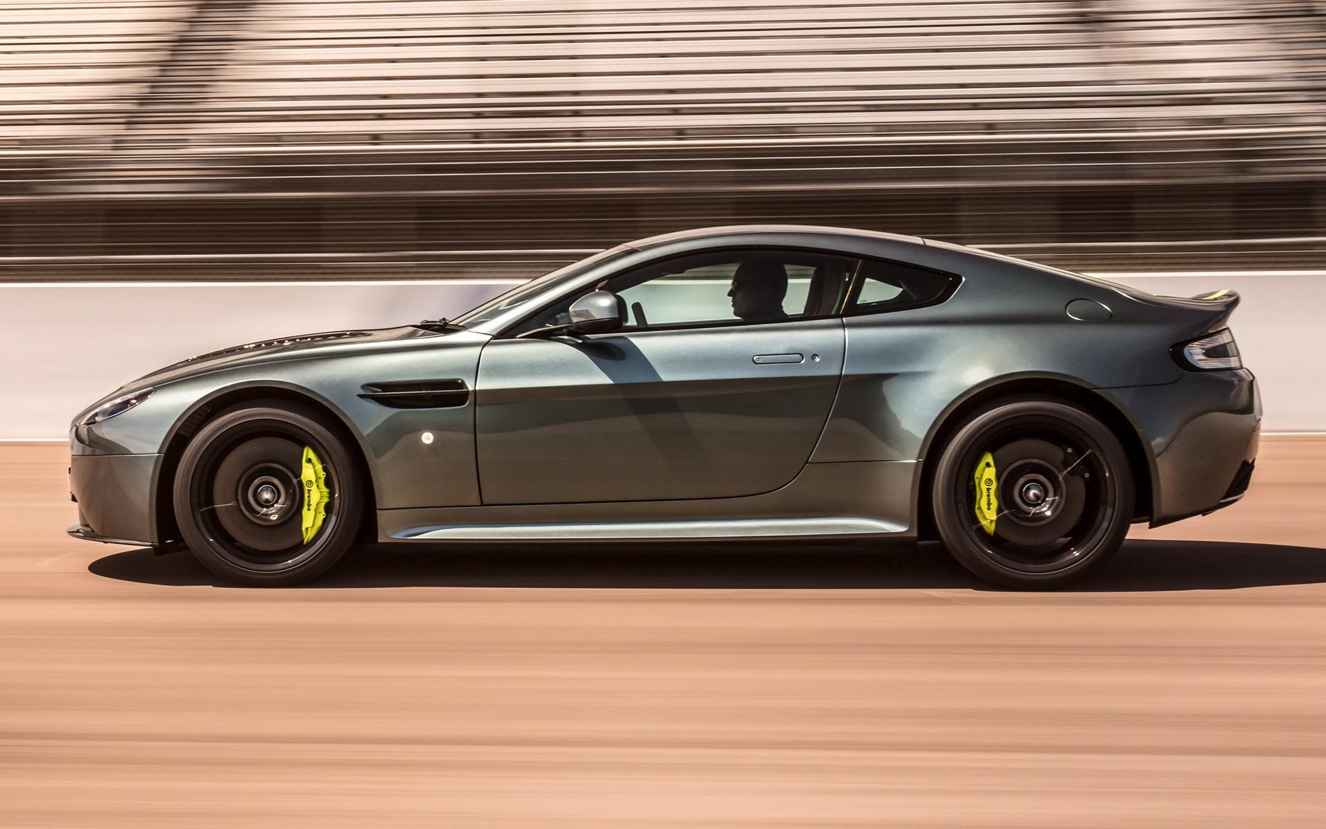 2017 Aston Martin V12 Vantage Amr Uk Hintergrundbilder Und Wallpaper In Hd Car Pixel