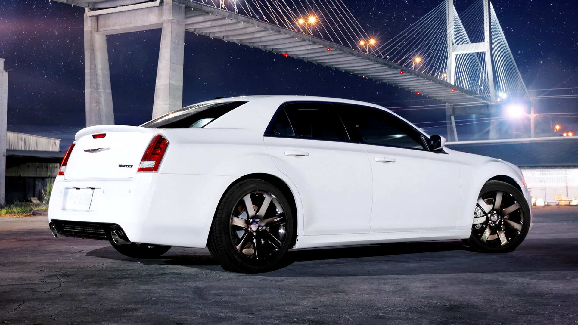 Luxury Car Brands >> 2011 Chrysler 300 SRT8 - Wallpapers and HD Images | Car Pixel