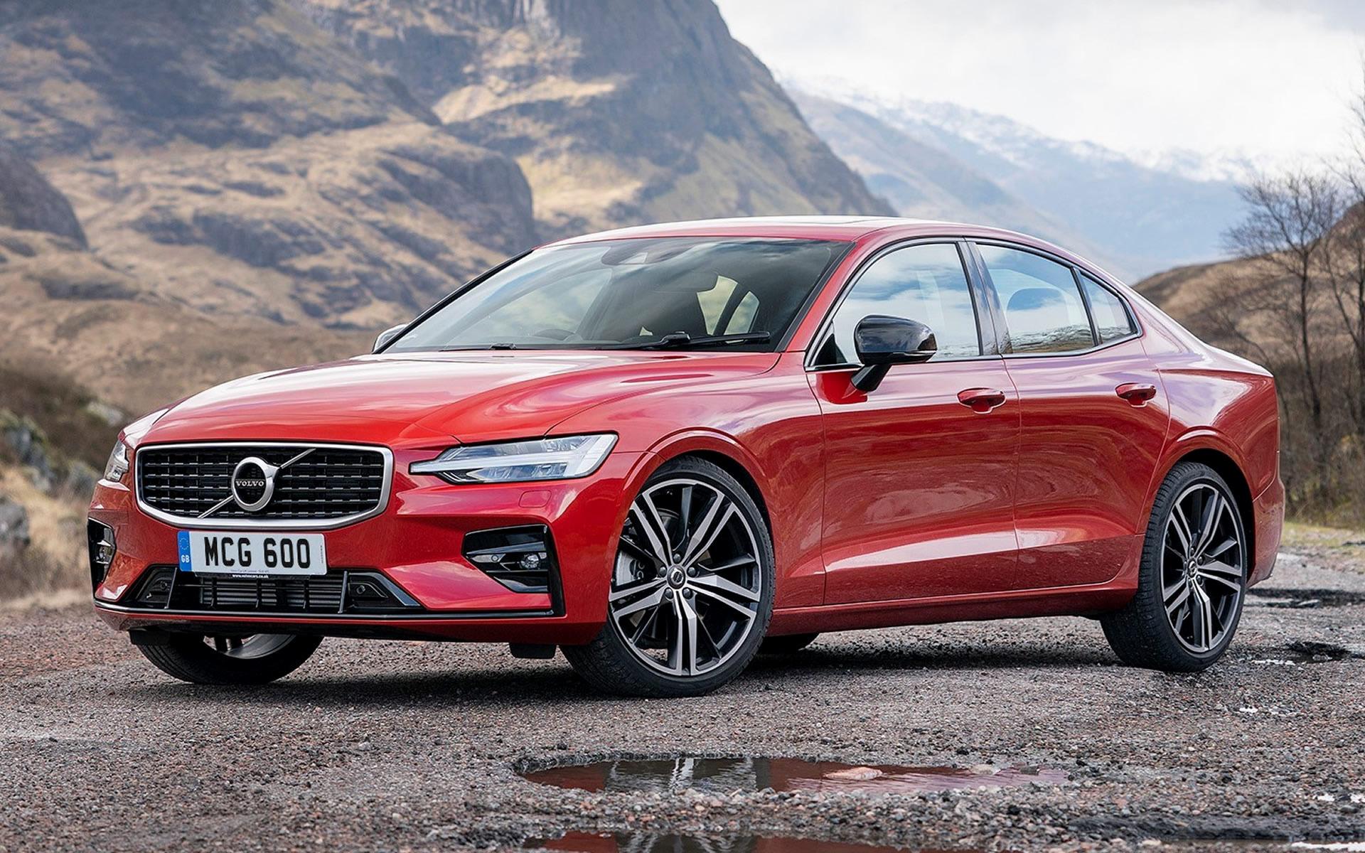 2019 Volvo S60 R-Design (UK)