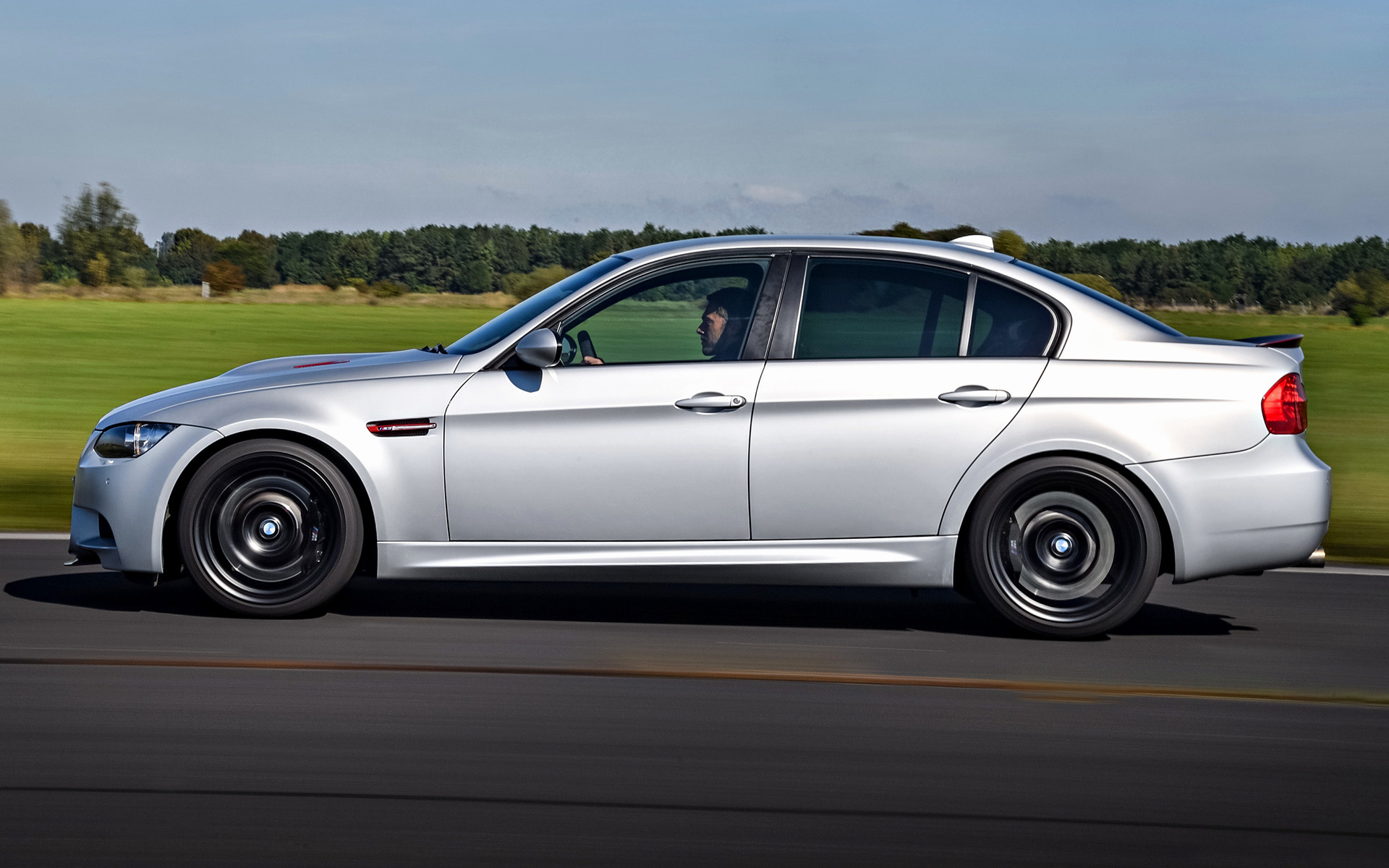 2011 BMW M3 CRT - Wallpapers And HD Images