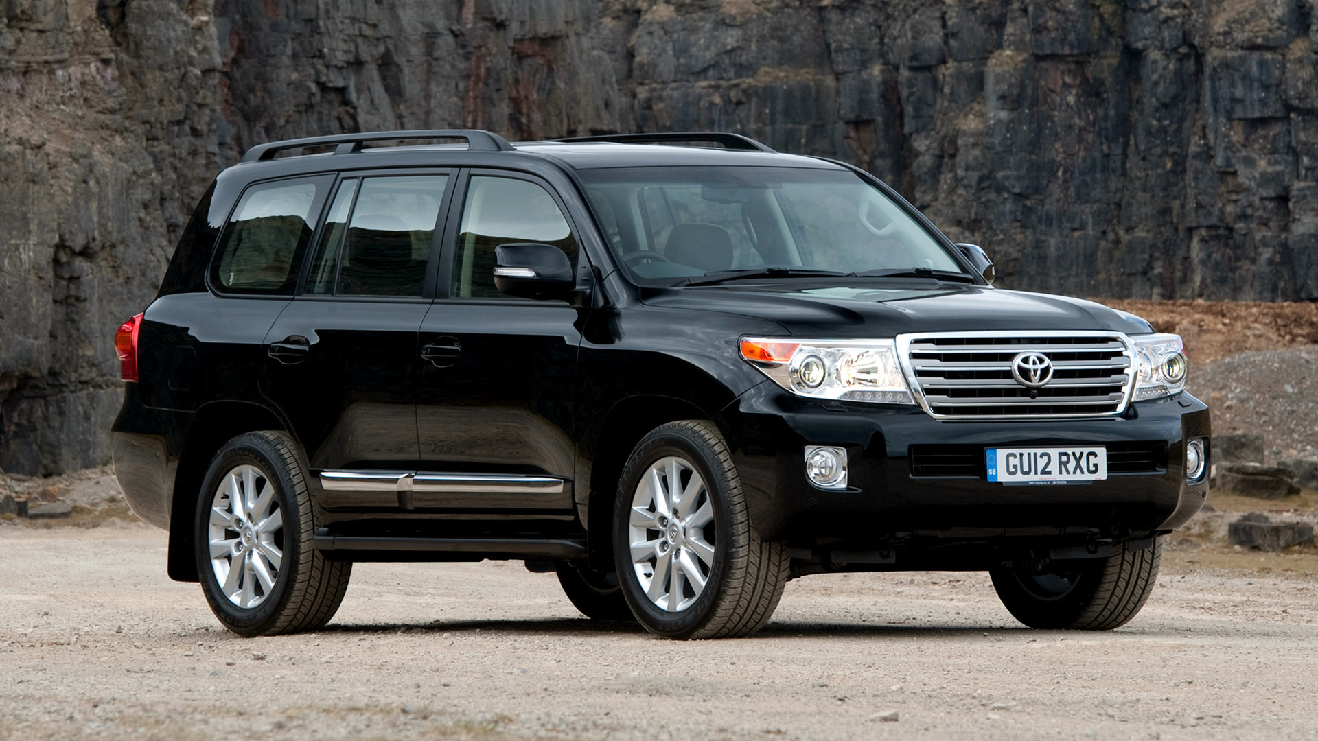 Toyota Land Cruiser V Wallpaper Hd