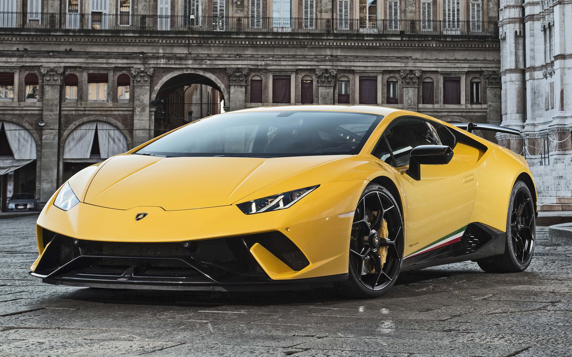 Lamborghini Huracan Performante 2017 Wallpapers and HD Images