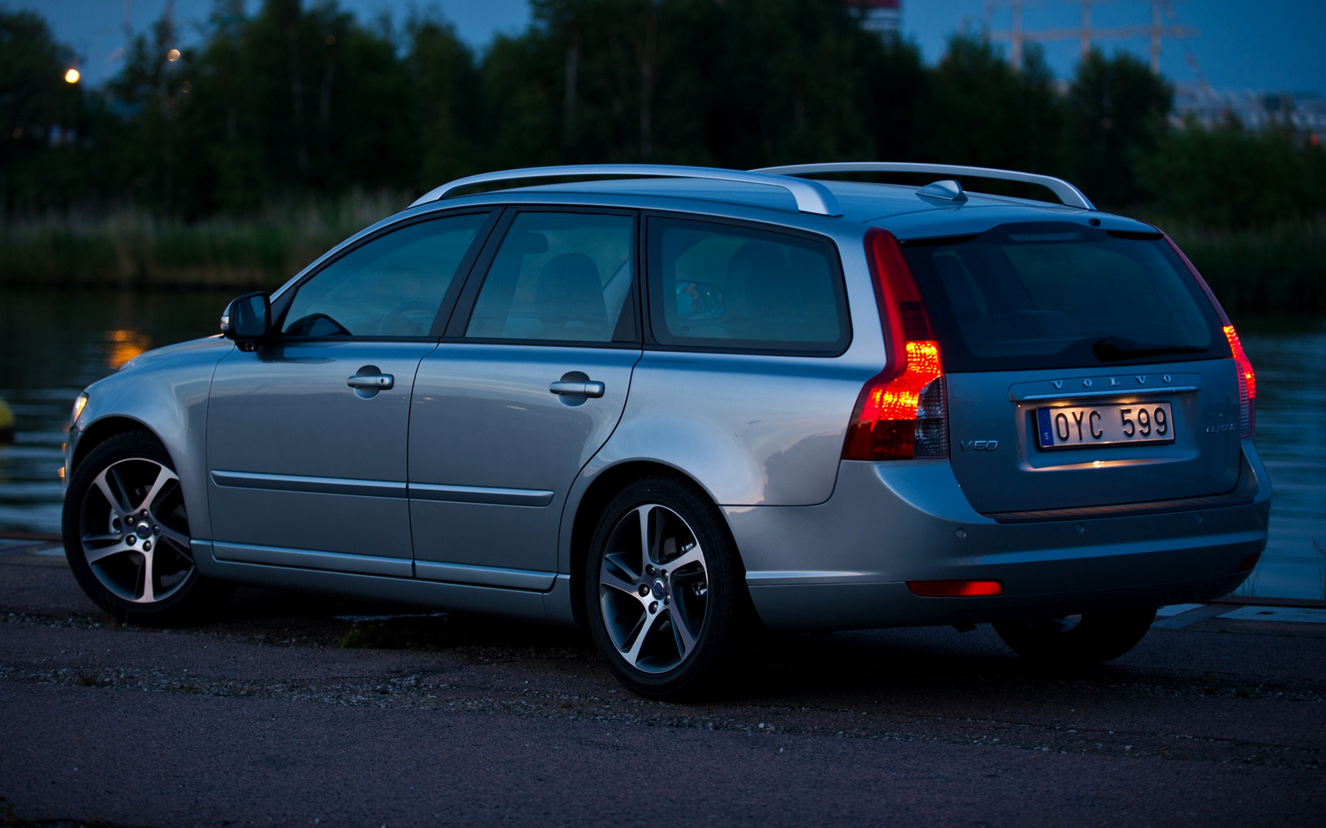 2011 Volvo V50 Classic - Wallpapers and HD Images | Car Pixel