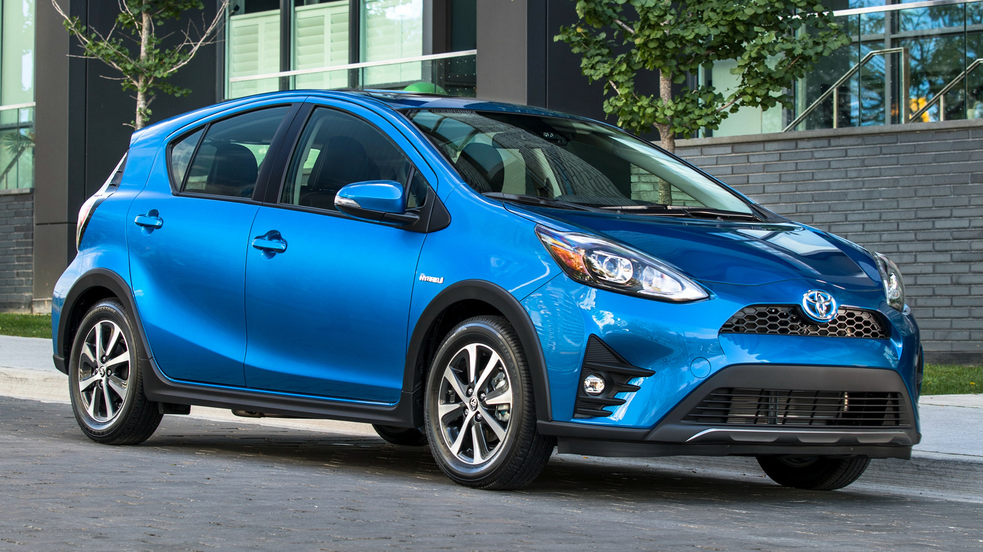 Toyota Prius C 2018 Wallpapers And Hd Images Car Pixel