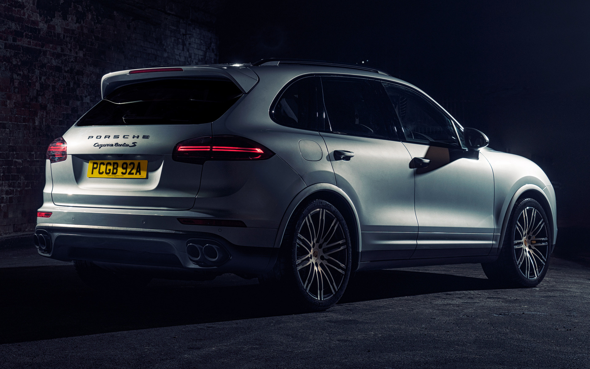 Porsche cayenne turbo s 2015 uk wallpapers and hd images car pixel wide 85 voltagebd Image collections