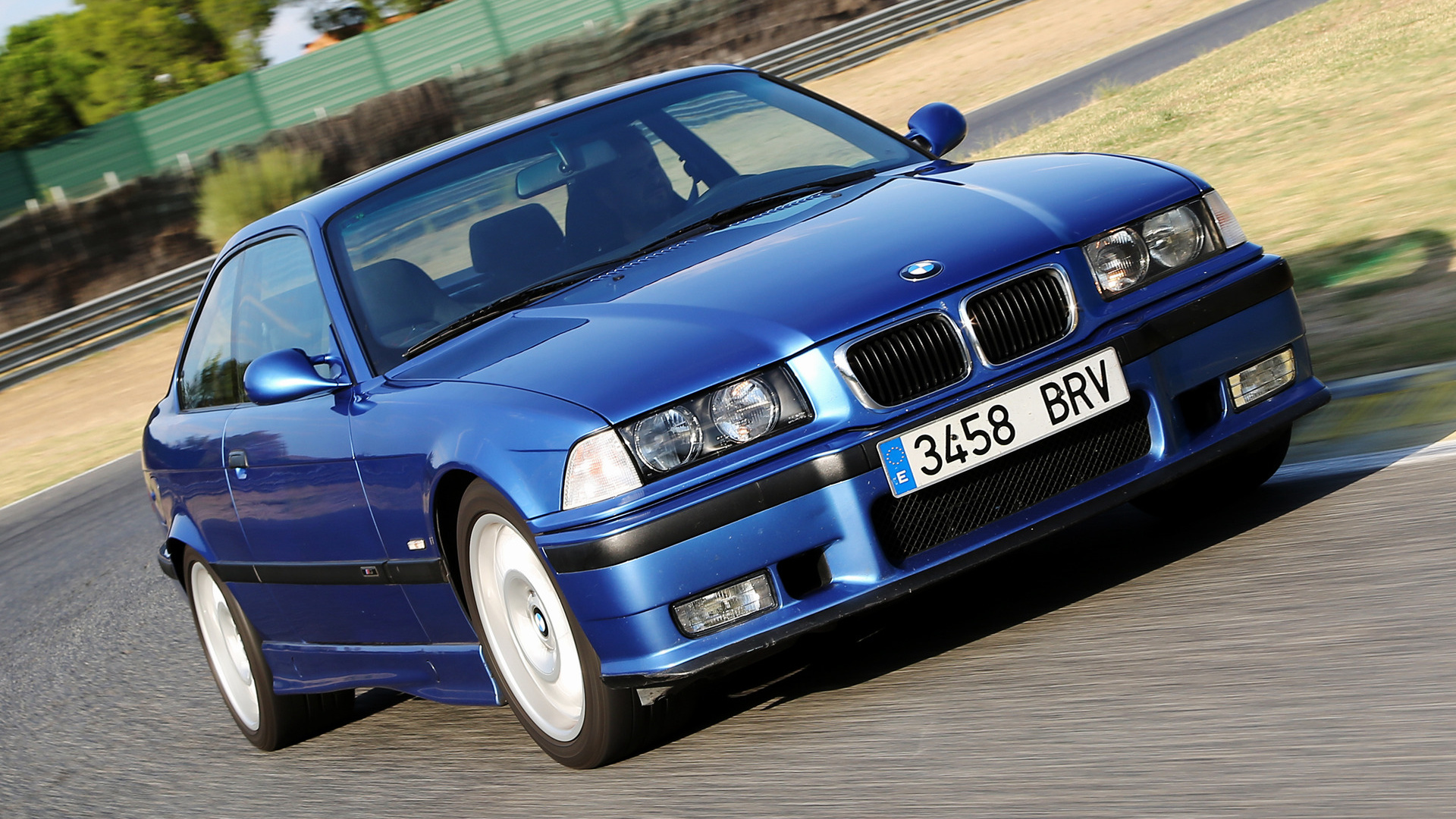 bmw m3 coupe 1992 wallpapers and hd images car pixel. Black Bedroom Furniture Sets. Home Design Ideas