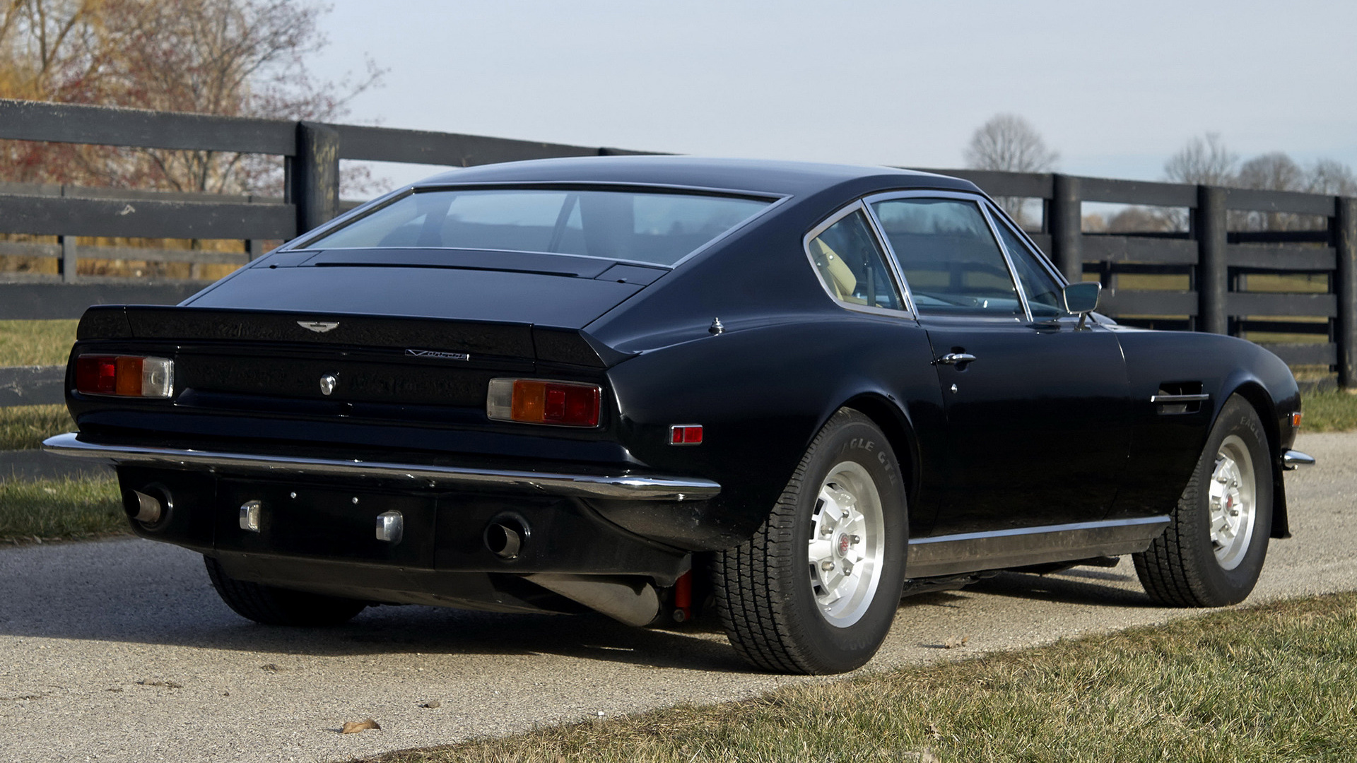 1977 Aston Martin V8 Vantage Wallpapers And Hd Images Car Pixel