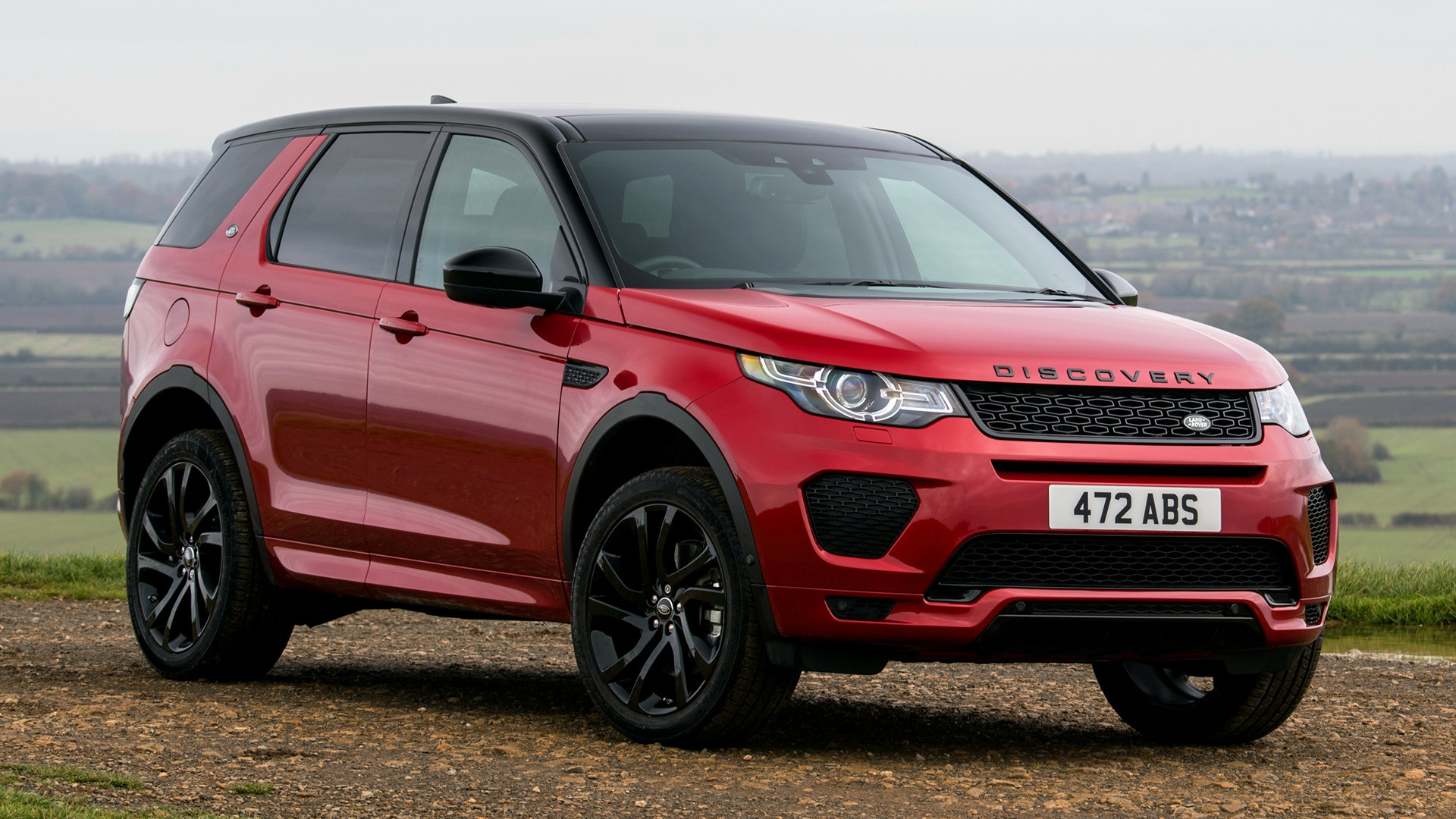 Wallpaper Land Rover Discovery Sport: 2017 Land Rover Discovery Sport Dynamic (UK)