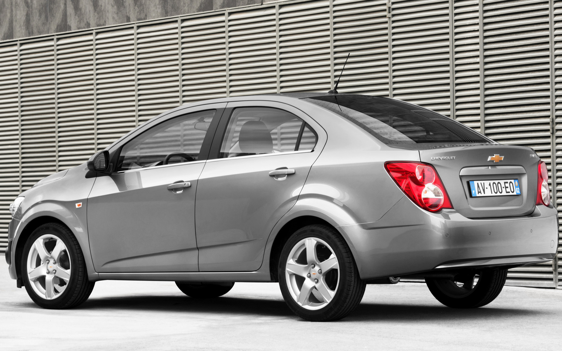Chevrolet Aveo Sedan (2011) Wallpapers and HD Images