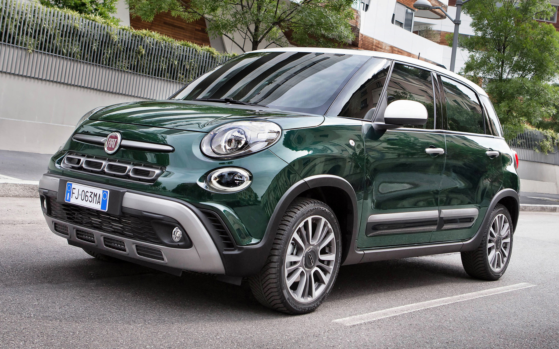 Cross Chrysler Jeep >> 2017 Fiat 500L Cross - Wallpapers and HD Images | Car Pixel
