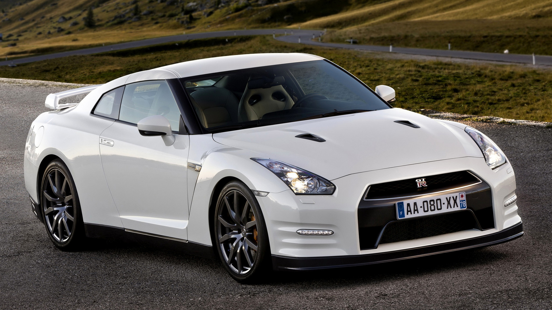 2010 Nissan Gt R Black Edition Wallpapers And Hd Images